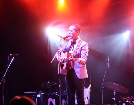 Marlon Williams playing at Ottawa CityFolk 2016